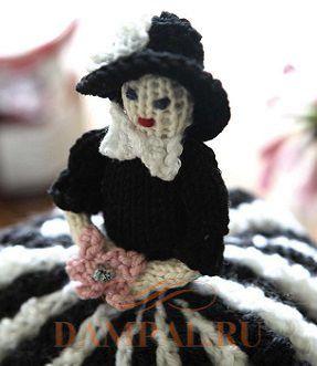 грелка на чайник кукла